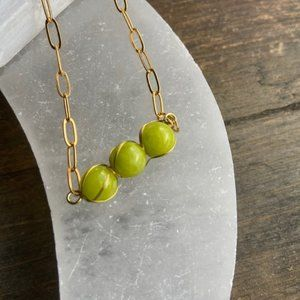 LIME JADE PAPERCLIP CHAIN PENDANT NECKLACE